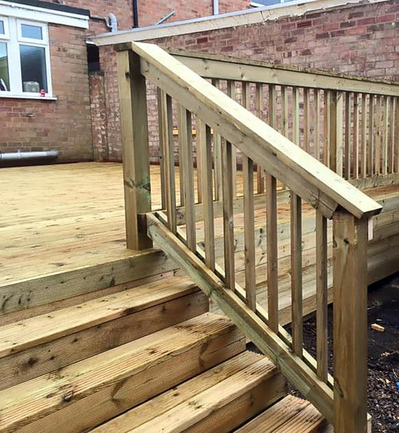 Decking stairs for easy access