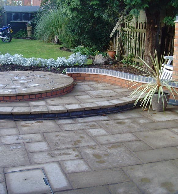 Garden circle on tiers