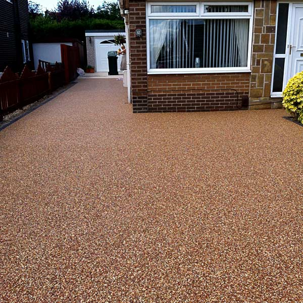 New driveway with resin gravel