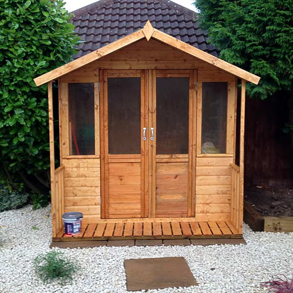 New summerhouse built in back garden