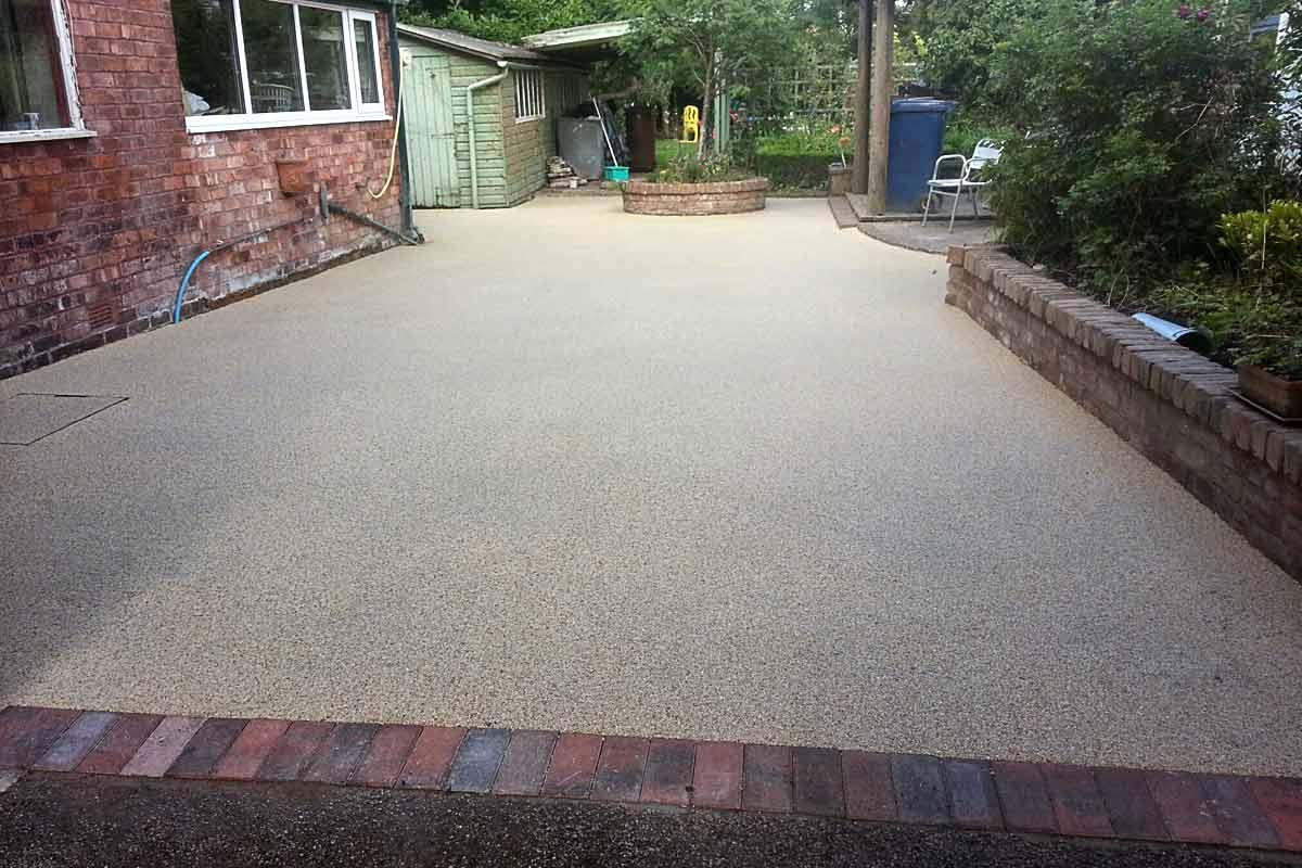 New gravel driveway Witney, Oxfordshire | The New Driveway ... |Stone Driveways