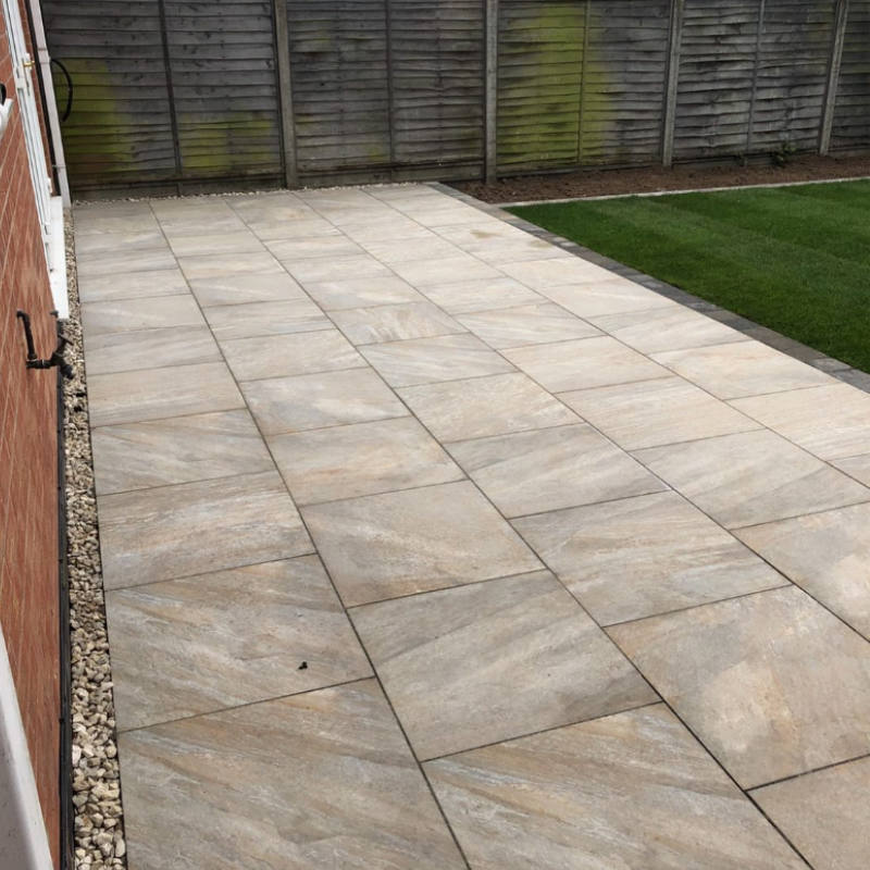 biscotto porcelain paving